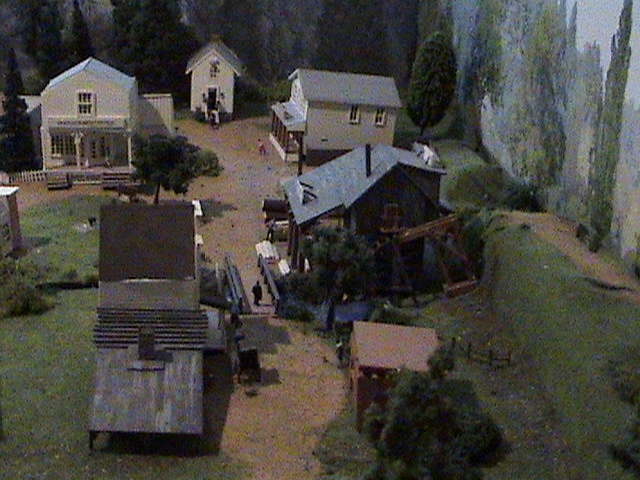 Grove - Little House Miniature Models Wg111
