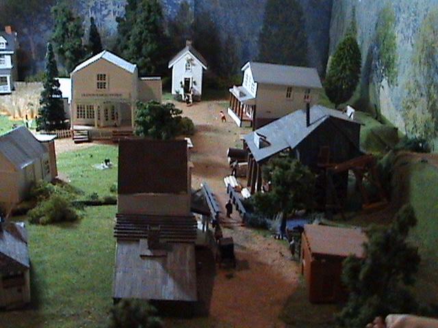 Grove - Little House Miniature Models Wg410