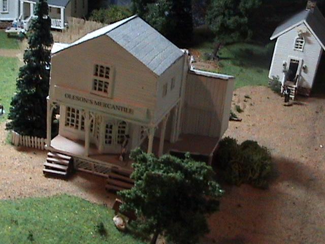 Grove - Little House Miniature Models Wg610