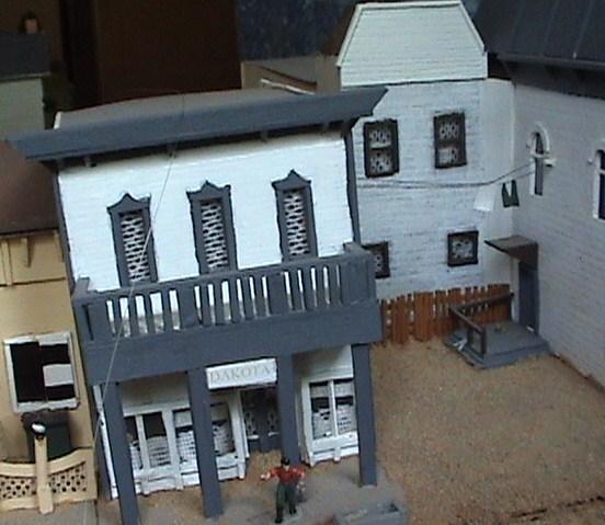 Little House Miniature Models Win1410