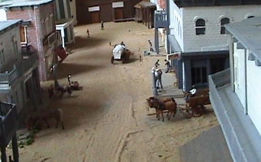 Grove - Little House Miniature Models Win410