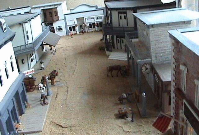 Grove - Little House Miniature Models Win610