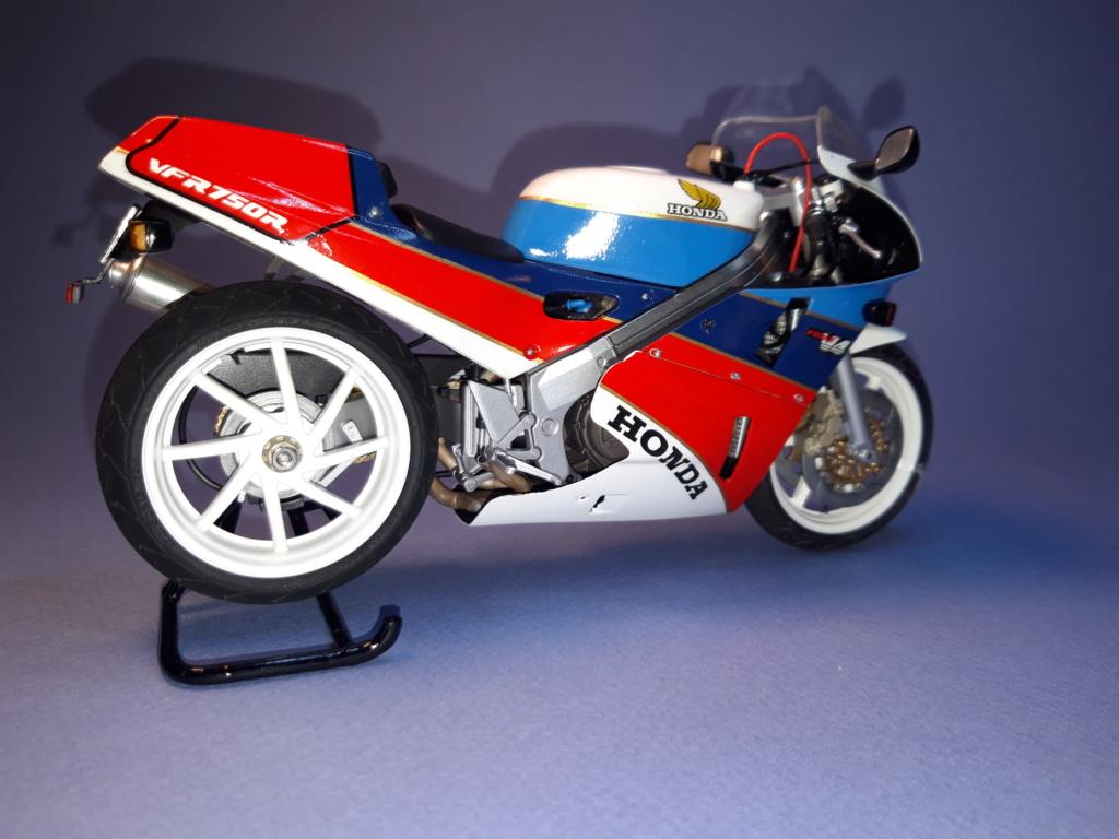 [TAMIYA] Honda RC-30 - 1/12 - Page 2 20190625