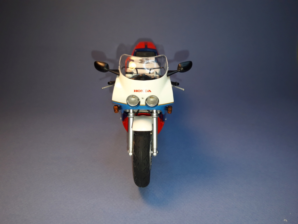 [TAMIYA] Honda RC-30 - 1/12 - Page 2 20190626