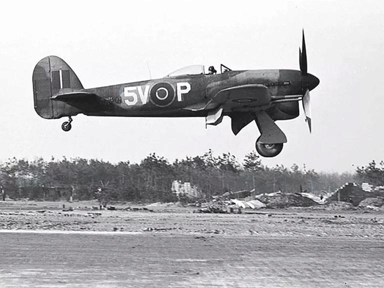 [AIRFIX] HAWKER TYPHOON IB Réf A02041 Hawker10