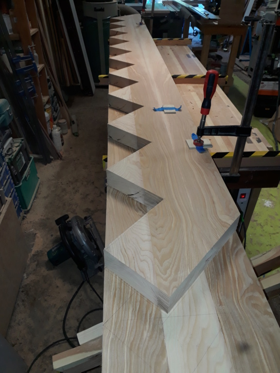 Escalier Droit en Frêne avec tiroirs  - Page 2 20200550