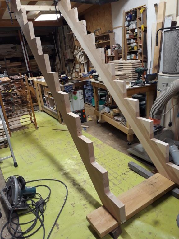 Escalier Droit en Frêne avec tiroirs  - Page 3 20200573