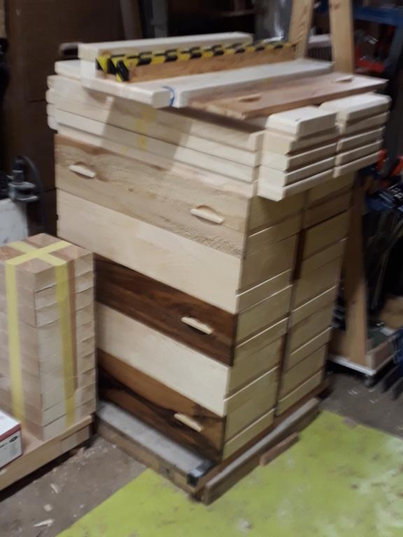 Escalier Droit en Frêne avec tiroirs  - Page 4 20200582