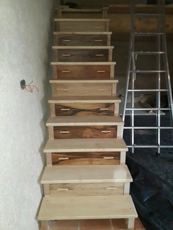Escalier Droit en Frêne avec tiroirs  - Page 4 20200593
