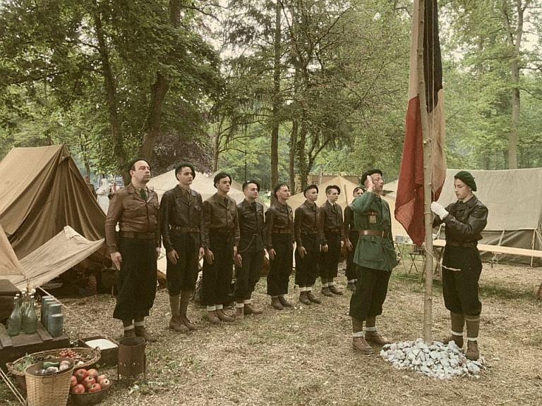 GROUPEMENT VAUBAN N°4 aux HISTORIQUES de SULLY S/LOIRE 310