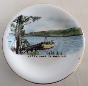 Royal Grafton souvenir dish 011-ro10