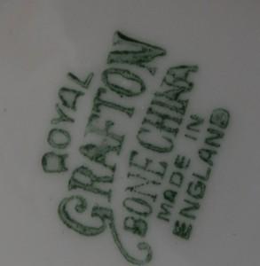 Royal Grafton souvenir dish 012-ro10