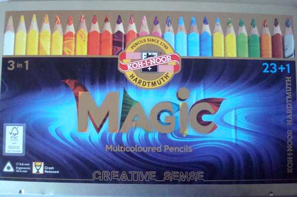 "Crayons ""Magic"" de Koh I Noor Dsc02688"