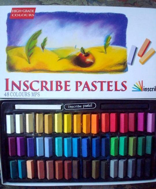 """Essai de dessin """"greysccale"""" et pastels secs... Inscri11"""