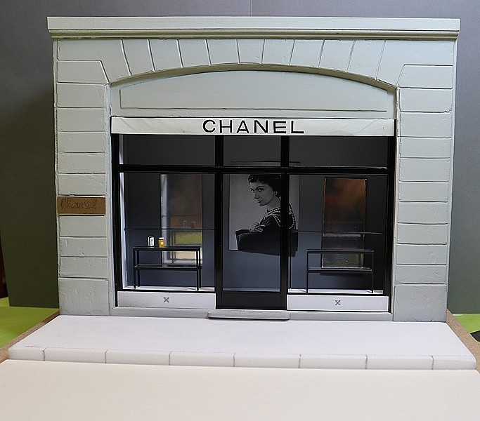 Delage D.8 SS (Heller) 1/24/Vitrine Chanel - Page 5 Thumb110
