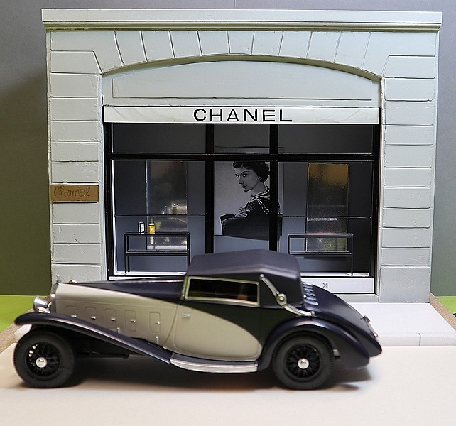 Delage D.8 SS (Heller) 1/24/Vitrine Chanel - Page 5 Thumb113
