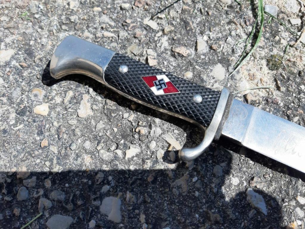 Couteau HJ... avec devise  Resize18