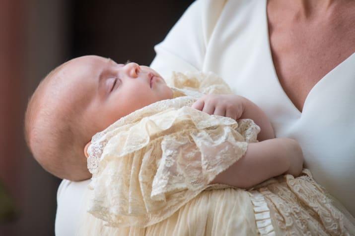 Маленький принц и его родители плюс сестричка - Страница 4 A410