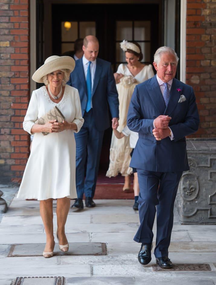 Маленький принц и его родители плюс сестричка - Страница 4 A710