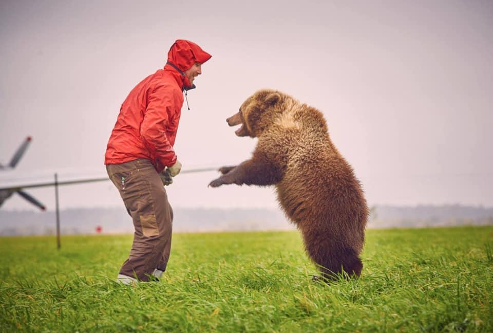 Медведь Мансур Aaa110
