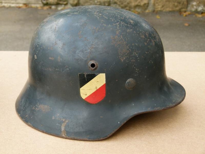 Les casques de la Luftwaffe - Page 2 40245610