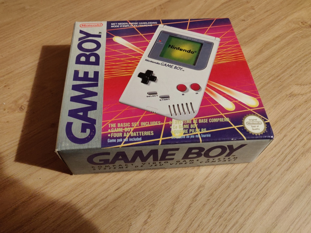 Le GAME BOY fête ses 30 bougies - Page 2 Img_2018