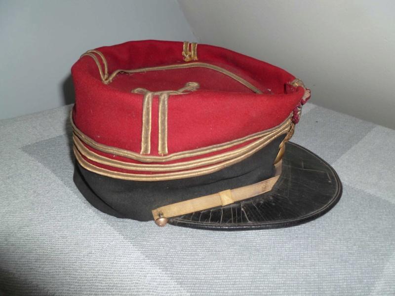 Képi saumur de Capitaine d'Infanterie 1884 -ESC - DEC 1 A clôturer  P1130748