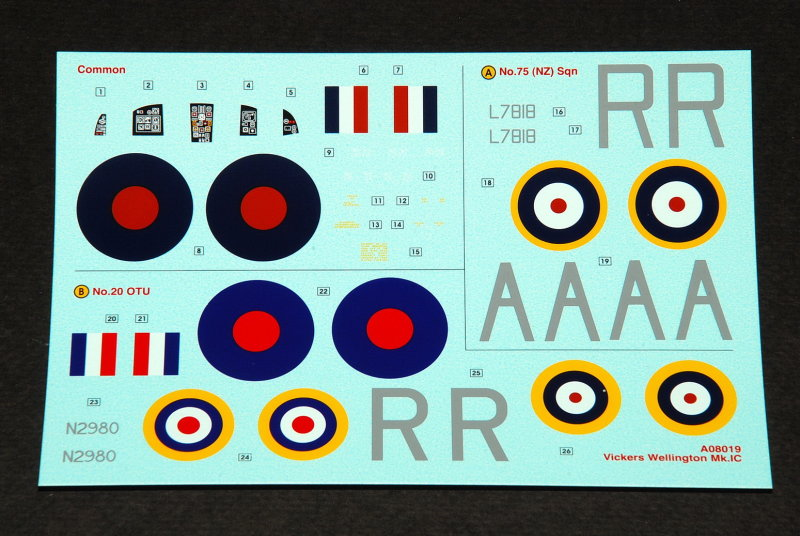 Hampden, Whitley et maintenant le Wellington ou la trilogie des bombardiers moyens anglais Decals13