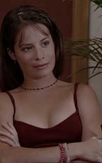 Holly Marie Combs avatar 200x320 - Page 2 15477612