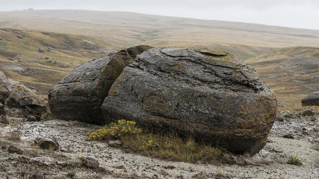 Камене громаде широм планете - Page 38 20585010