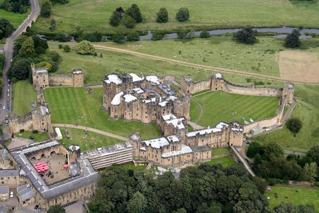 Dvorci,tvrđave i zamkovi - Page 39 Alnwic10