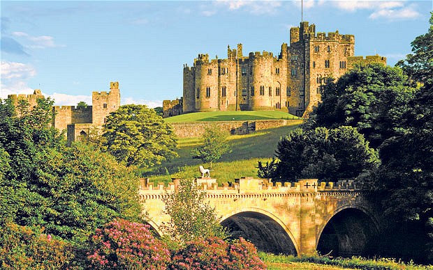 Dvorci,tvrđave i zamkovi - Page 5 Alnwic11