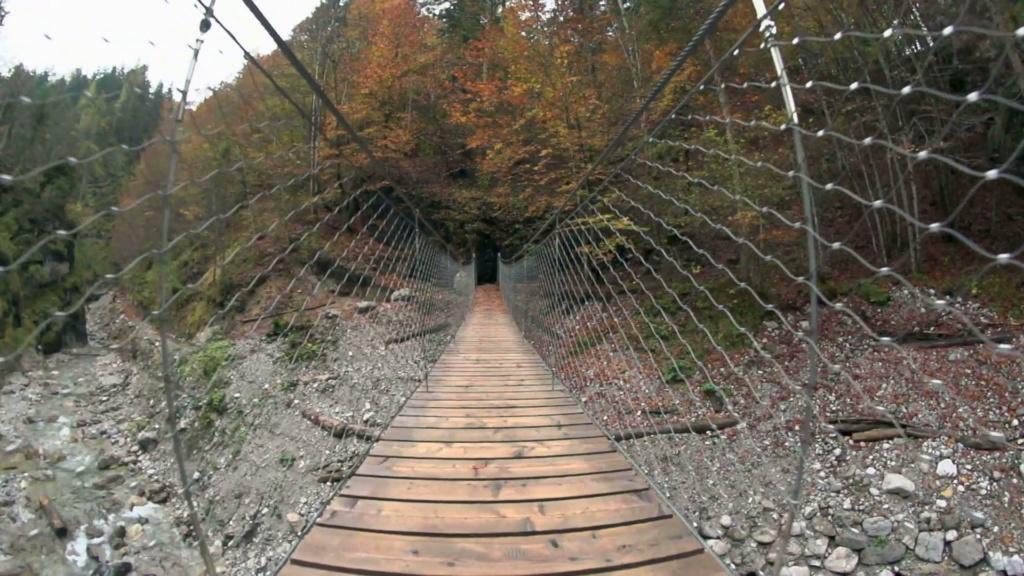 Mostovi - Page 17 Autumn10