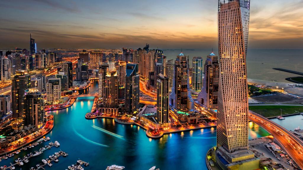 * GRADOVI NOĆU * - Page 29 Dubai-10