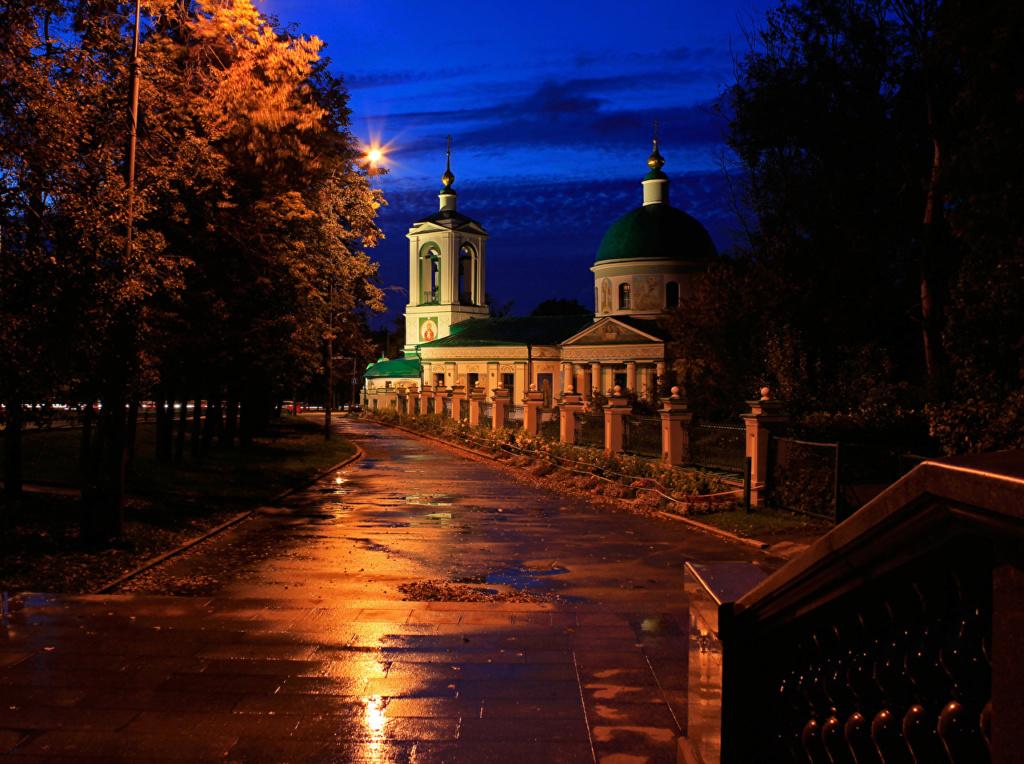 crkve,manastiri....ostali relig.objekti - Page 22 Moscow11