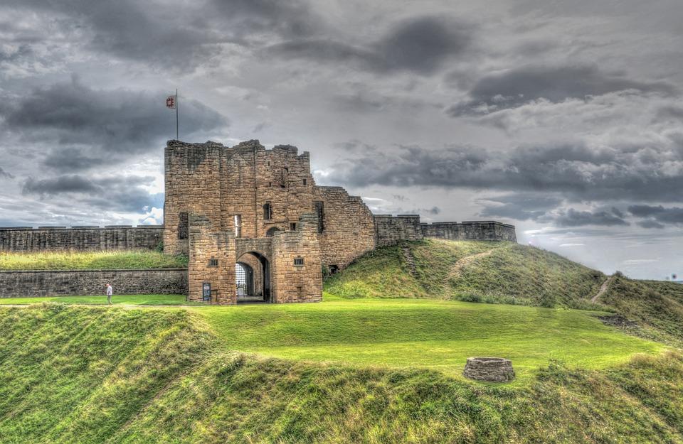 Dvorci,tvrđave i zamkovi - Page 5 Newcas10