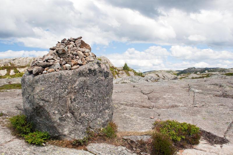 Камене громаде широм планете - Page 37 Norway15