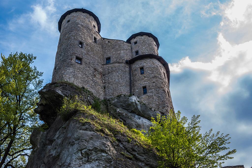 Dvorci,tvrđave i zamkovi - Page 5 Poland16