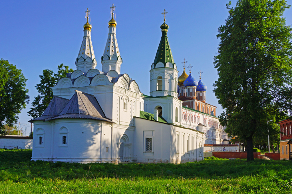 crkve,manastiri....ostali relig.objekti - Page 18 Russia48