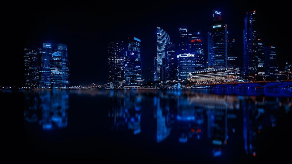 Gradovi noću - Page 33 Singap10