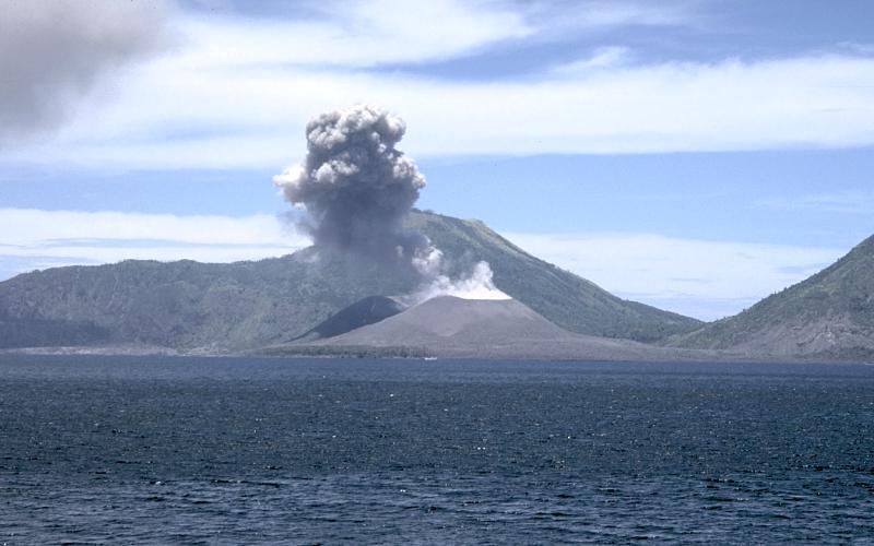 Vulkani - Page 30 Volcan11