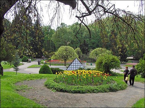 Parkovi i vrtovi - Page 37 Vrnjac10