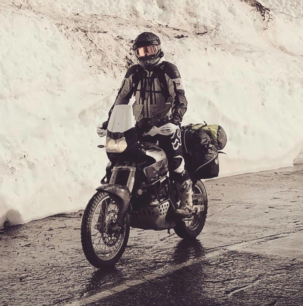 Vos plus belles photos de motos - Page 34 Col_de11