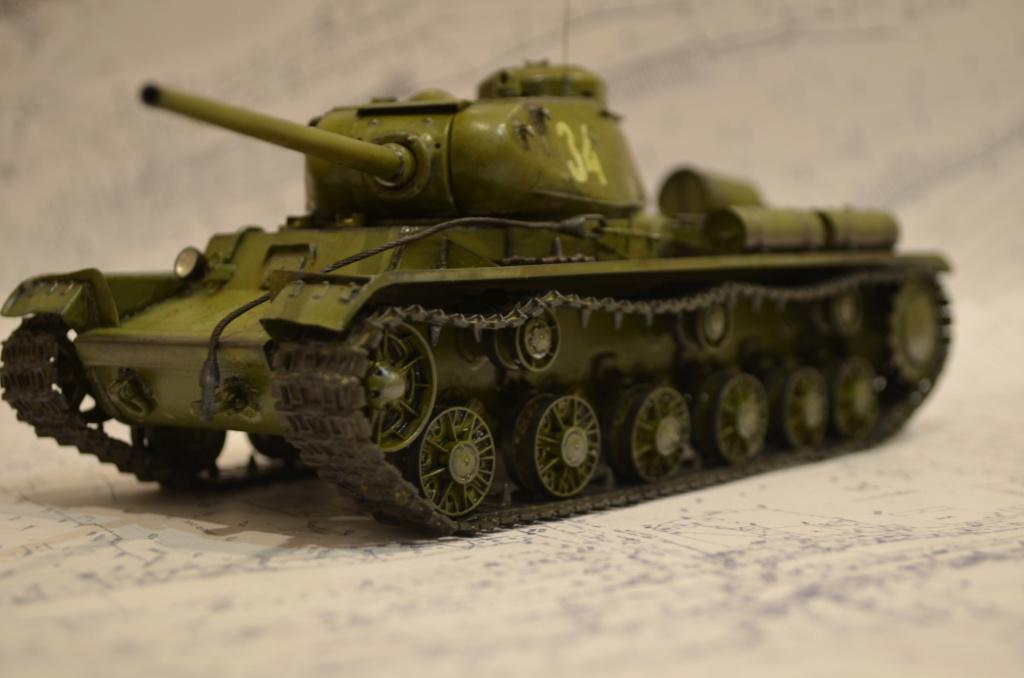 КВ-85 ARK-models 1/35 Dsc_0247