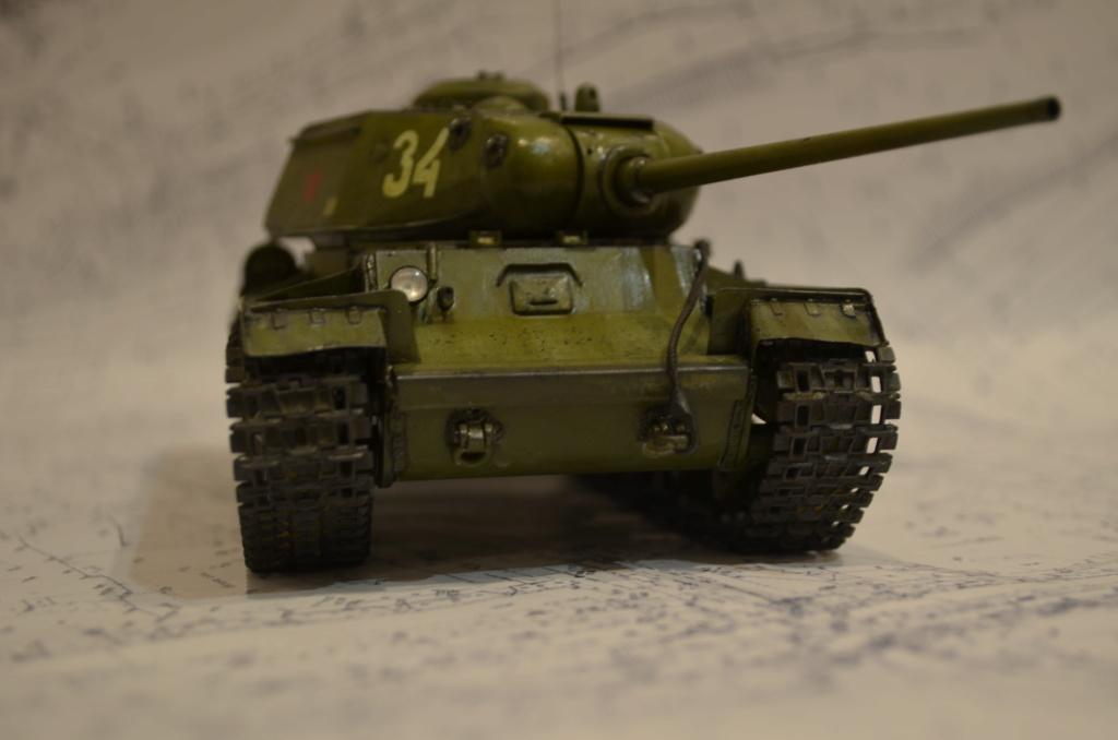 КВ-85 ARK-models 1/35 Dsc_0248