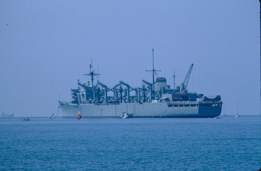 USS Seattle - AOE 3 1/700 TRUMPETER   Aoe_3_10