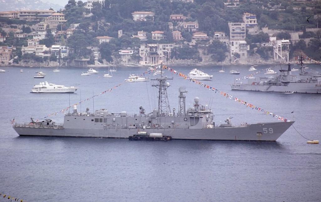 USS Kauffman - FFG 59 1/700 REVELL / PITTROAD   Ffg59_10