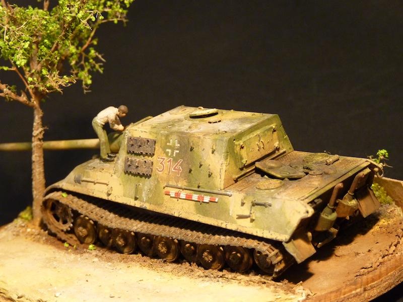 JagdTiger 128mm pak 44L-61 - 1/72 - Page 2 P1000710