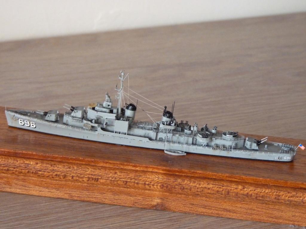 USS English - DD 696 1/700 SKYWAVE PITTROAD   P1110511