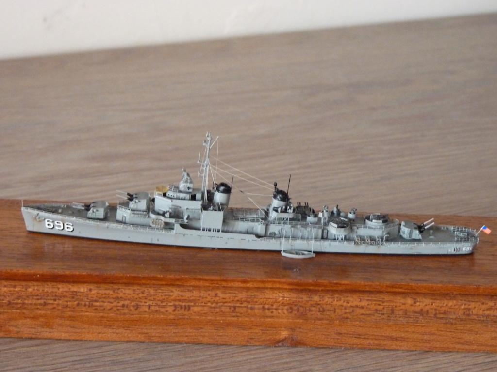 USS English - DD 696 1/700 SKYWAVE PITTROAD   P1110513